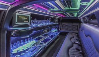 YC Limo - Black and Charcoal Chrysler 300 Interior