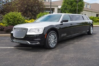 Chrysler 300 Executive Limousine at YC Limo